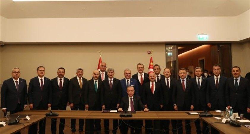 Vali Karaloğlu, bölge valileri toplantısına katıldı