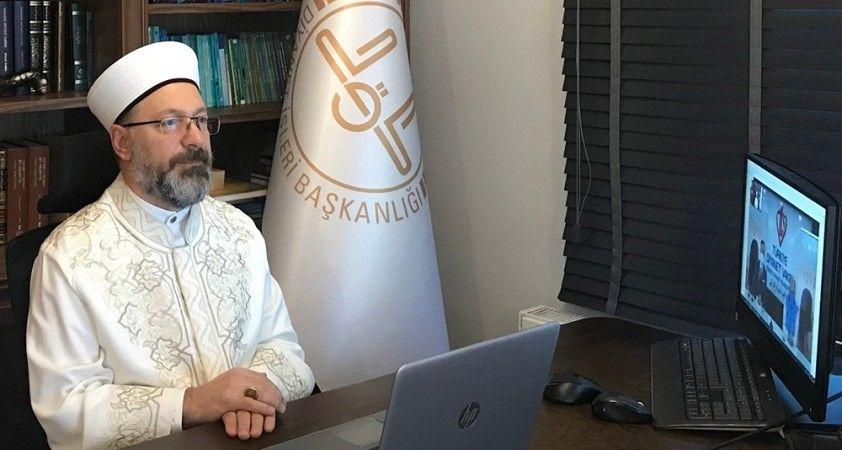 """Diyanet İşleri Başkanı Erbaş'tan Hollandalı siyasetçinin """"Stop Islam"""" paylaşımına tepki"""