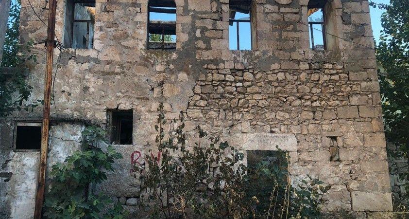 Eski Silvan evleri bir bir yok oluyor