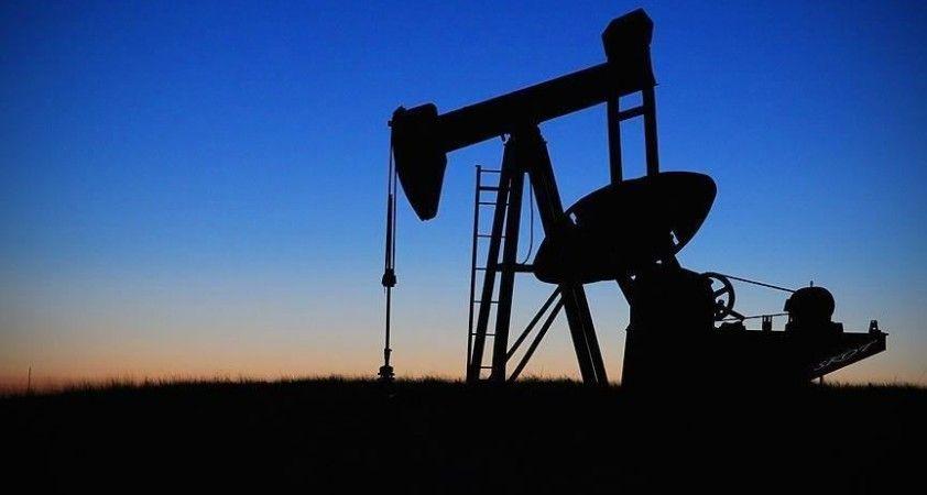 Rusya'nın petrol gelirleri düşüşte