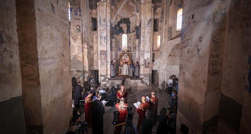 Akdamar Kilisesi'ndeki 9. ayin başladı