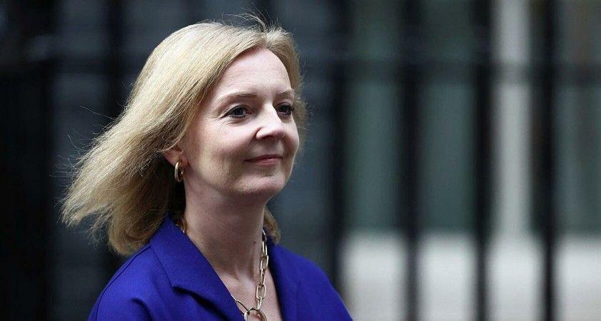 İngiltere Dışişleri Bakanı Truss, Başbakan Johnson'a arka çıktı