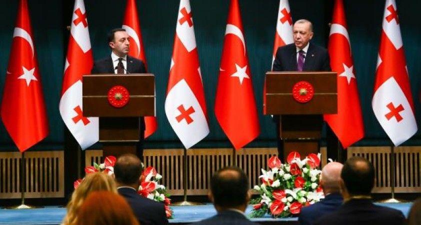'Azerbaycan-Gürcistan-Ermenistan veya Türkiye-Azerbaycan-Gürcistan iş birliğine Türkiye olarak varız'