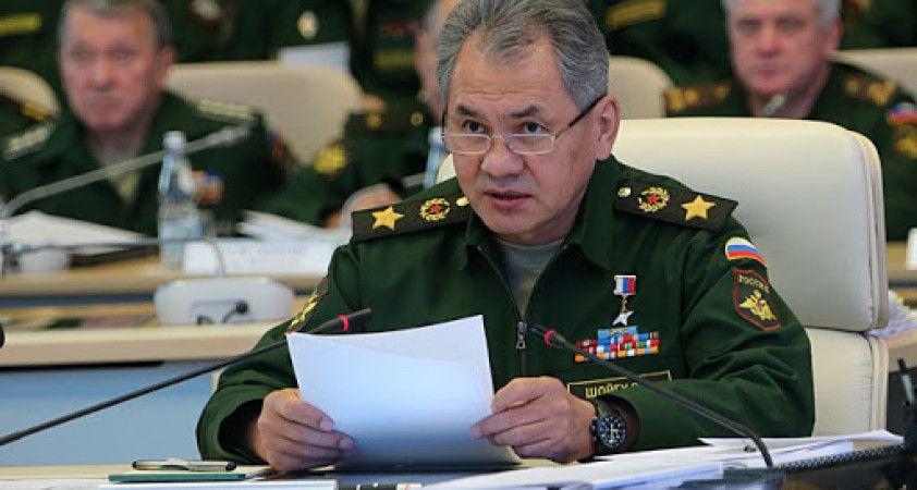 Şoygu, Azerbaycan ve Ermenistan savunma bakanlarıyla görüştü