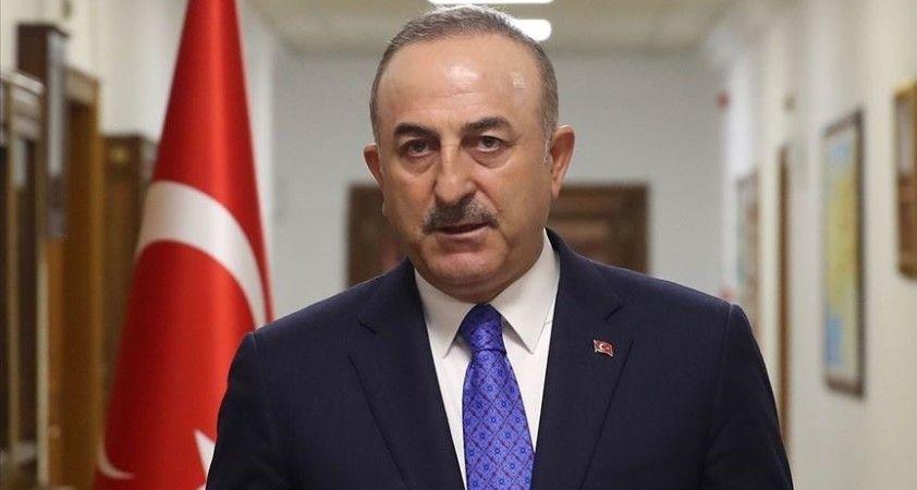 Dışişleri Bakanı Çavuşoğlu, Karadağlı mevkidaşı Raduloviç ile telefonda görüştü