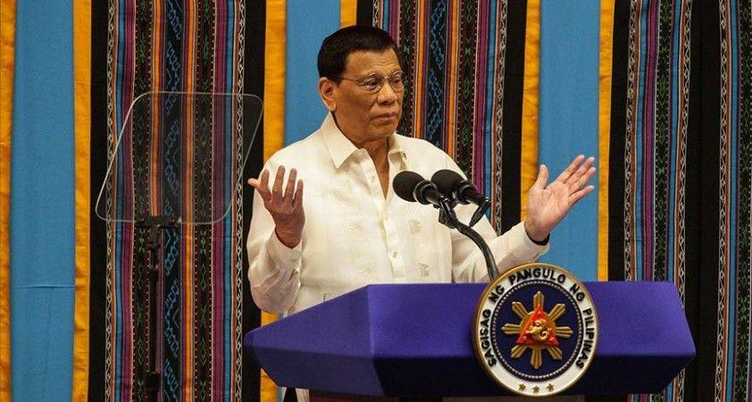Filipinler Devlet Başkanı: Uyuşturucu savaşındaki yargısız infazlar, suçlular arasındaki çatışmalardı