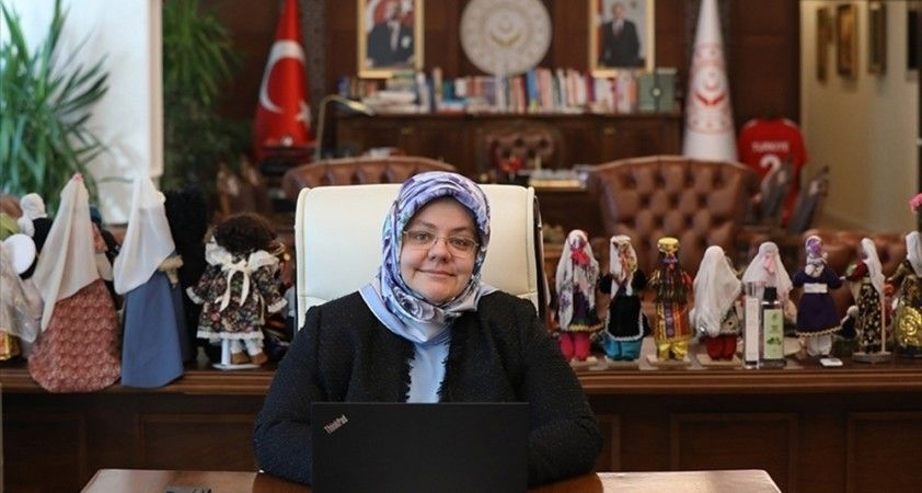 """Bakan Selçuk: """"Kadına yönelik şiddetle mücadelede hep birlikte hareket etmeliyiz"""""""