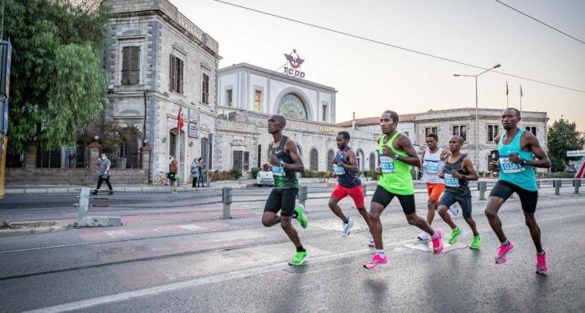 İzmir'de ulaşıma maraton ayarı
