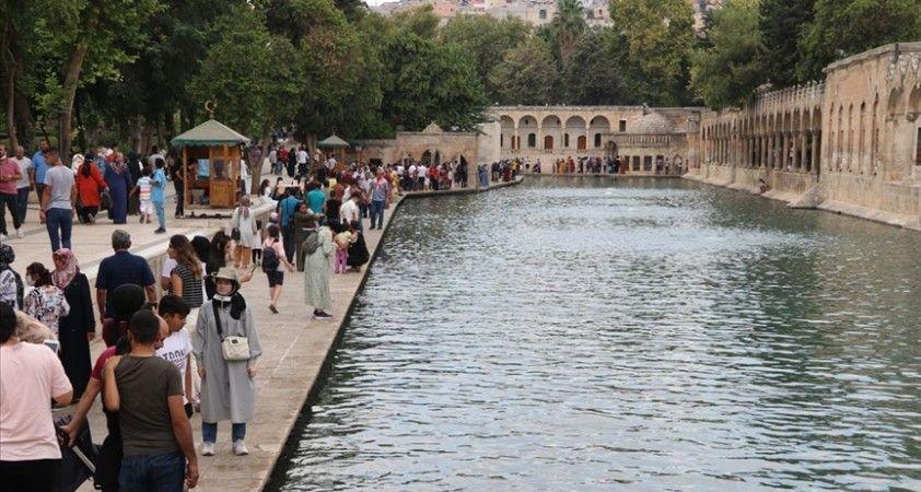 Şanlıurfa'da turizm kontrollü normalleşmeyle canlandı