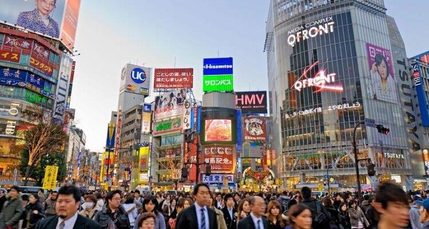 Japonya savaş sonrası dönemin en büyük ekonomik kriziyle karşı karşıya