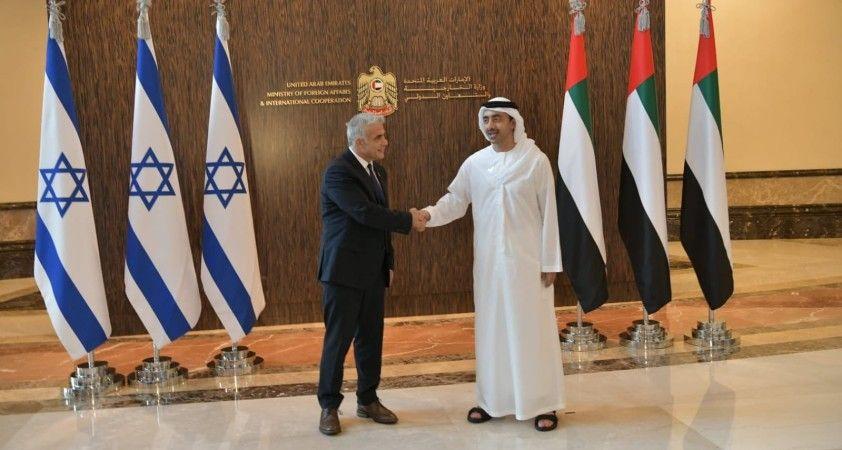 İsrail Dışişleri Bakanı Lapid, BAE'li mevkidaşı Nahyan ile bir araya geldi