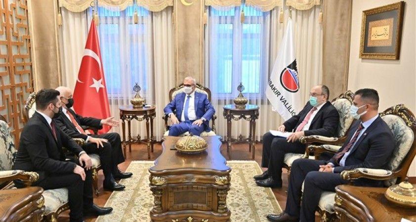 Vali Münir Karaloğlu, Paraguay Büyükelçisi ile görüştü