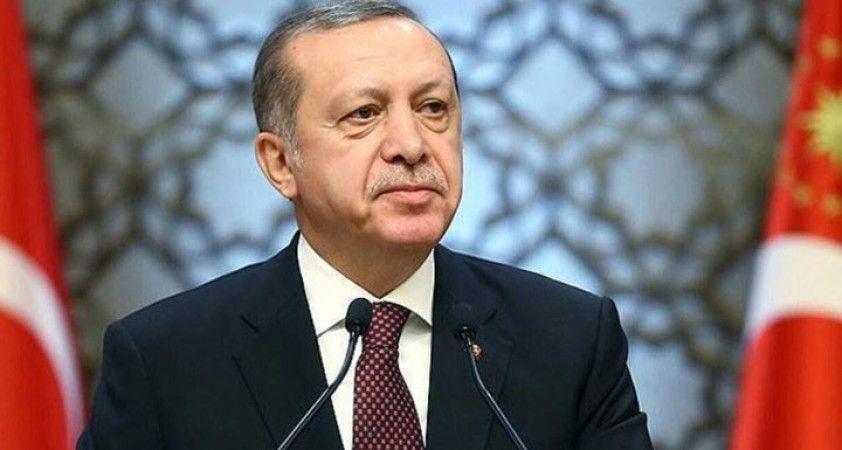 Cumhurbaşkanı Erdoğan, cuma namazını Eyüp Sultan Camii'nde kıldı