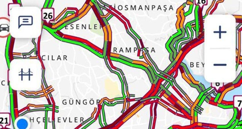 İstanbul'da kısıtlamaya saatler kala trafikte yoğunluk yüzde 74