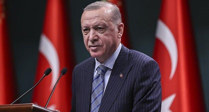 Cumhurbaşkanı Erdoğan: Türkiye güçlendikçe gençlerimize daha çok fırsat sunmaya devam edeceğiz