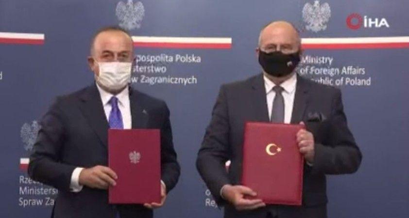 """Çavuşoğlu: """"Türkiye, kaçakçılarla mücadele konusunda tecrübeli"""""""