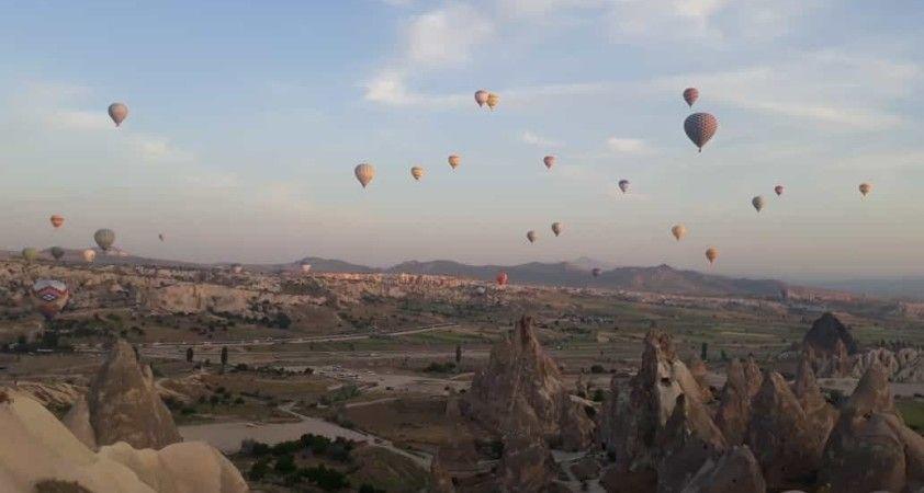 Kapadokya'da balonlar 6 günün ardından yeniden havalandı