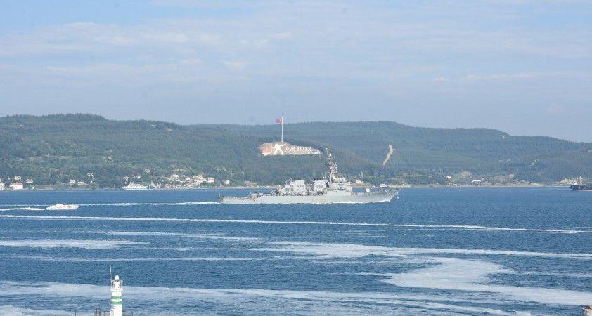 ABD savaş gemisi Çanakkale Boğazı'ndan geçti