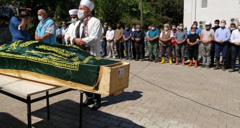 Dereli'deki selde hayatını kaybeden Kemal Akar son yolculuğuna uğurlandı
