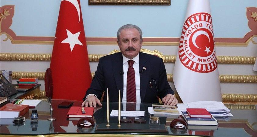 TBMM Başkanı Şentop: Meclis'teki tüm partilerin yeni anayasa tartışmasının içinde olması doğru olacaktır