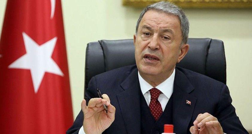 Bakan Akar, Macaristan Savunma Bakanı Benko ile görüştü