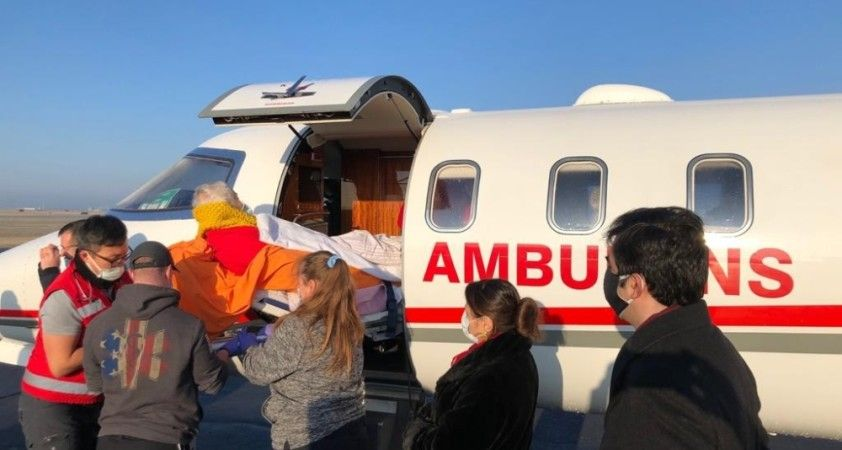 Türk halk bilimci Başgöz ambulans uçakla ABD'den Ankara'ya getirildi