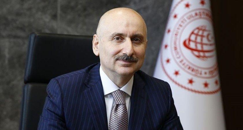Bakan Karaismailoğlu 'kombine taşımacılıkta' ihracat rekoru kırıldığını bildirdi