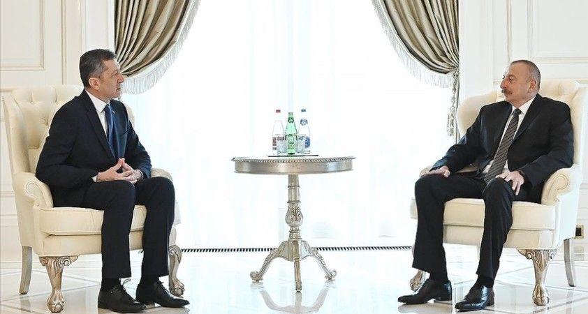 Azerbaycan Cumhurbaşkanı Aliyev: Kurtarılmış topraklarda meslek okulları kurulmalıdır, Türkiye'nin desteğini umuyoruz