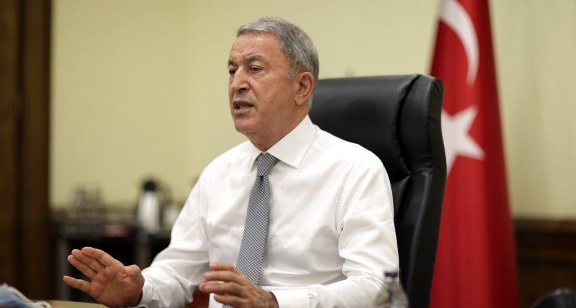 Milli Savunma Bakanı Akar'dan, video telekonferans yöntemiyle toplantı