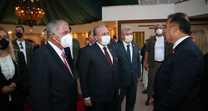 """KKTC Meclis Başkanı Sennaroğlu: """"Sayın Erdoğan'ın buradaki varlığı tüm dünyaya bir mesajdır"""""""