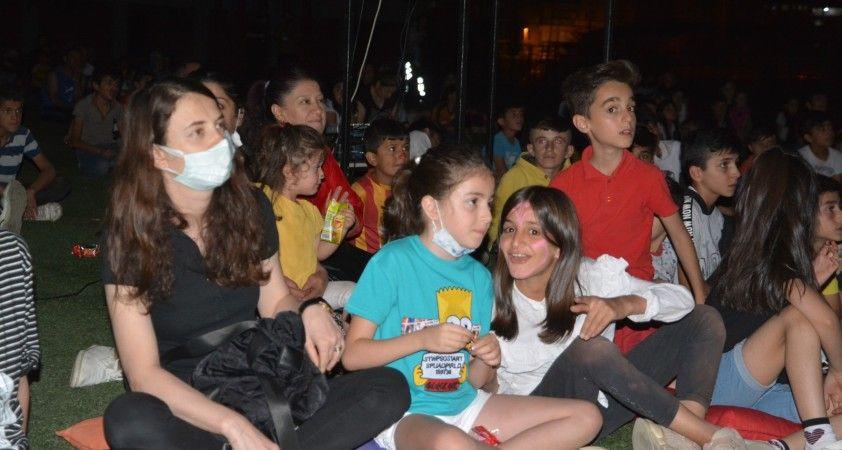 Hakkari'deki çocuk şenliği misket oyun havasıyla sona erdi