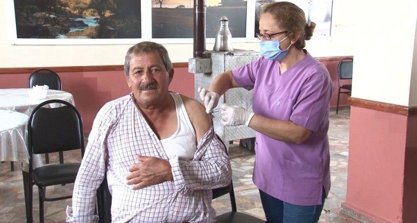İstanbul'un köylerinde korona virüs aşılaması devam ediyor