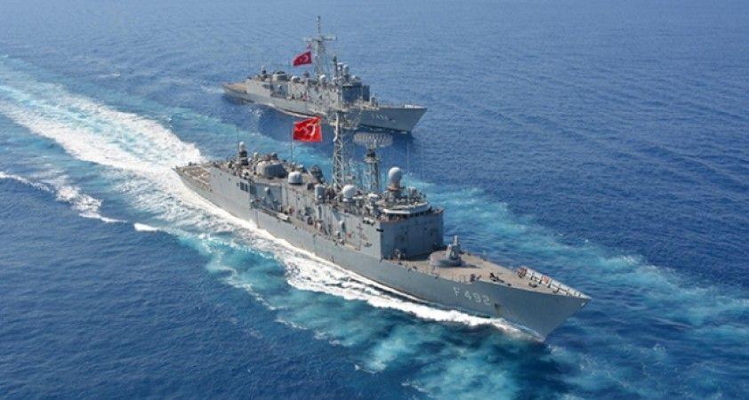 Deniz Kuvvetleri Komutanlığı'ndan, Kıta Sahanlığını izinsiz ihlal eden araştırma gemisine müdahale