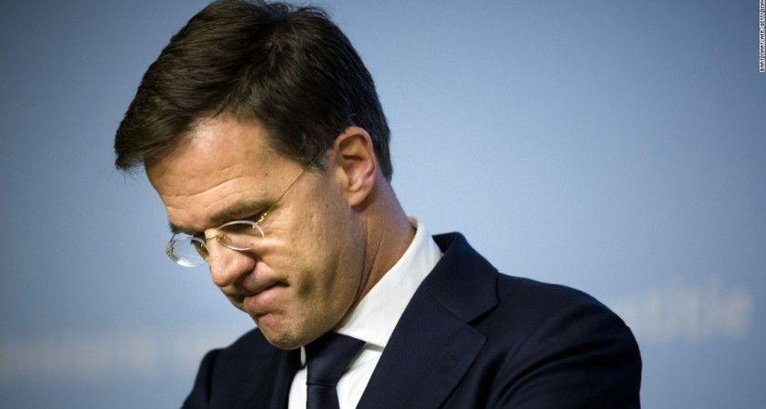 Hollanda Başbakanı Rutte, Kovid-19 tedbirlerinde erken gevşeme için halktan özür diledi