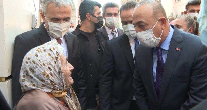 """Bakan Çavuşoğlu: """"Bu bayrak altında hepimiz beraberiz"""""""