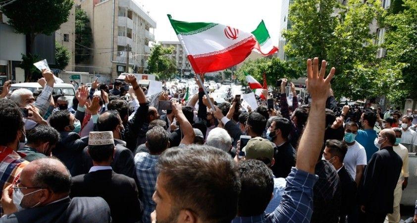 İran Cumhurbaşkanlığı seçimlerinde güçlü reformist adayların veto edilmesi nasıl bir dönemin ipucunu veriyor?