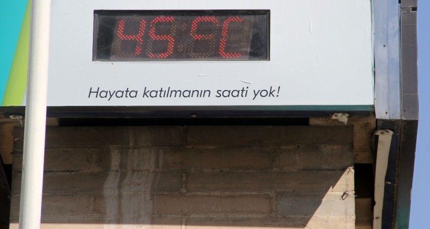 Termometreler 45 dereceyi gösterdi