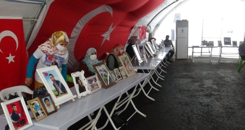 HDP önündeki ailelerin evlat nöbeti 375'inci gününde