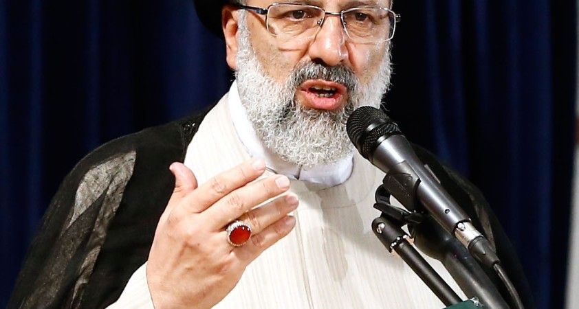 İran Cumhurbaşkanı Reisi'nin kabinesi Milli Eğitim Bakanlığı dışında güvenoyu aldı