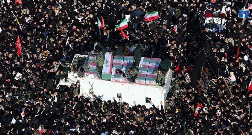 İran için 2020 suikast, yaptırım ve Kovid-19 gölgesinde 'kabus gibi' bir yıl oldu
