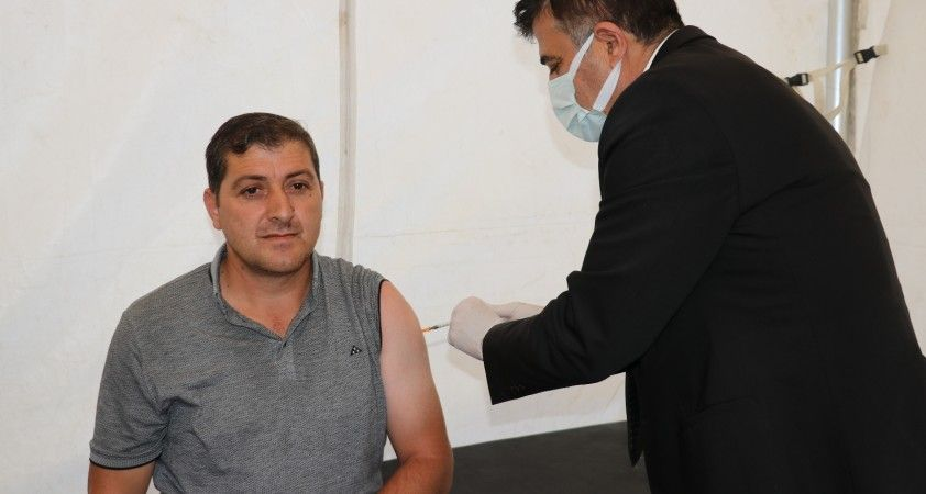 Van'da ikinci ve üçüncü doz aşı seferberliği