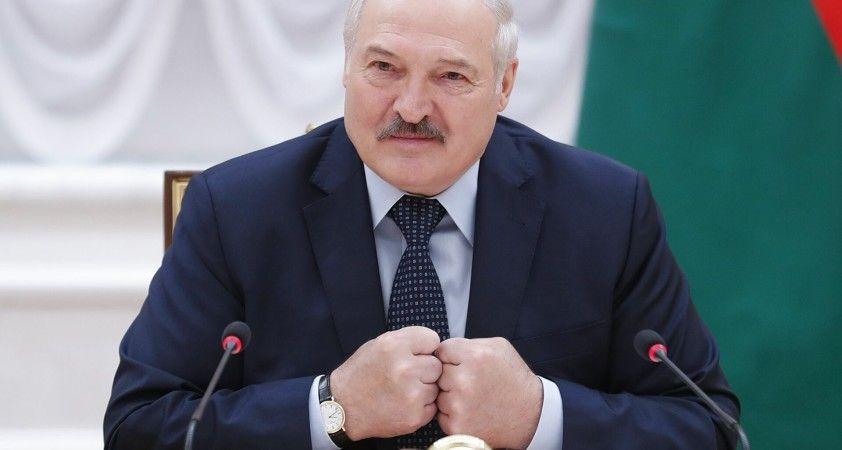 Lukaşenko: Rusya yakında onlarca hava aracı ve hava savunma sistemi tedarik edecek