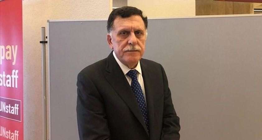 Libya Başbakanı Serrac: Tüm bölgeler milislerden temizlenene kadar operasyonlar sürecek