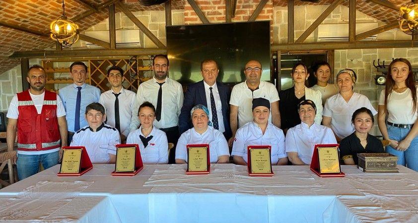 Amorium Otel, 5. yılını dolduran çalışanlarını ödüllendirdi