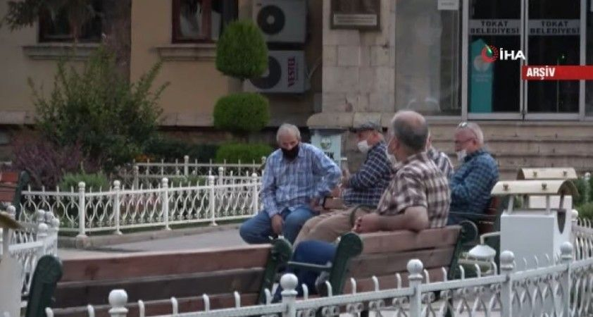Emekliye Bin Lira Bayram İkramiyesi Verilecek