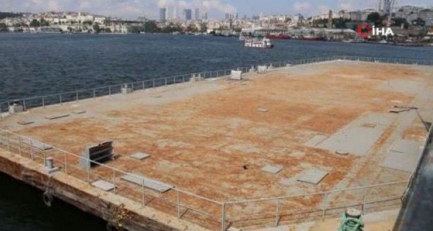 İBB Haliç'teki tenis platformunu kaldırdı