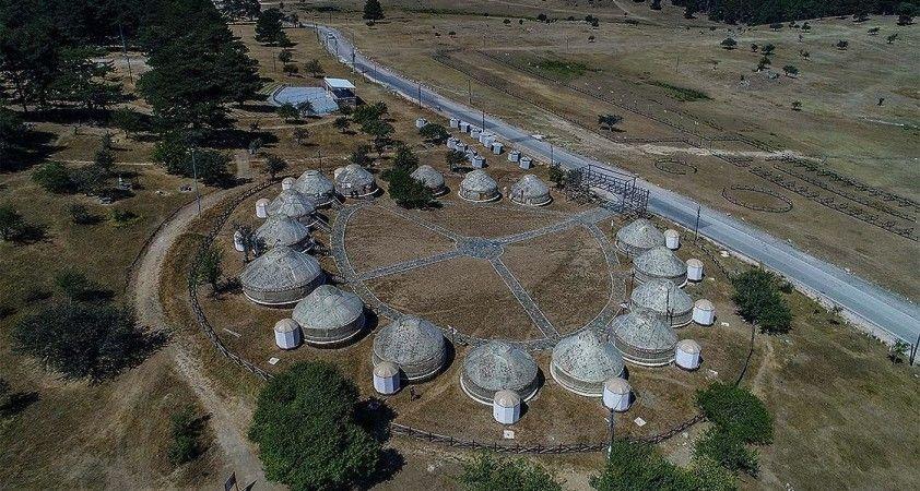 Osmanlı'nın savaşlara hazırlandığı Kocayayla'daki otağlar izole tatilin adresi oldu