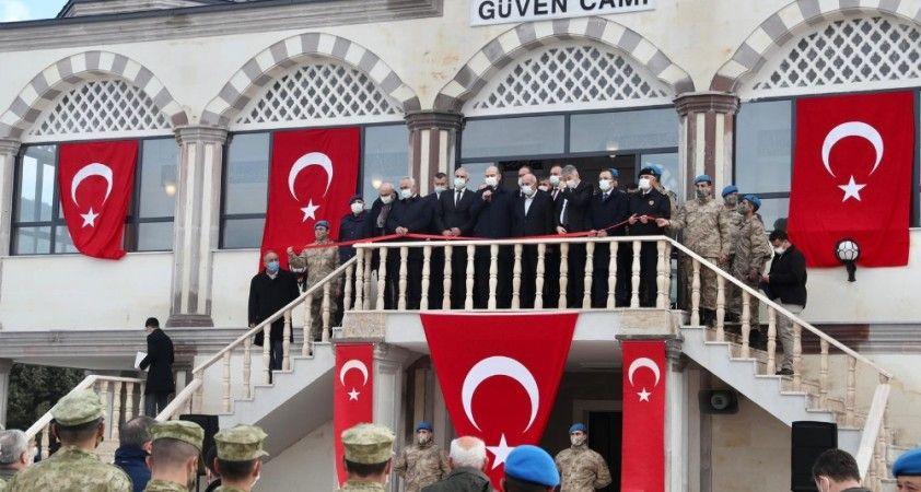 İçişleri Bakanı Süleyman Soylu, Güven Camii'nin açılışını yaptı