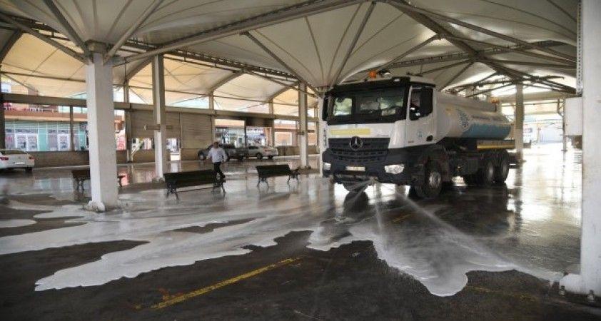 Selçuklu'da pazar yerleri dezenfekte edildi