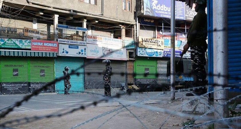 Cammu Keşmir'de Urducanın 131 yıllık hakimiyeti sona erdi